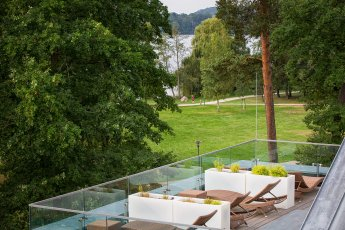 Tolle Location: die Saarow Therme direkt am See
