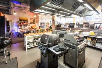 Hier finden Firmenevents statt: Der Indoor-Grillbereich