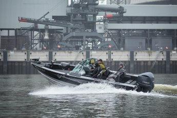 Angelboot Black Pearl bei voller Fahrt