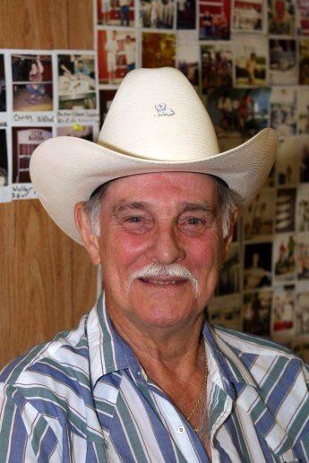 Texanischer Herr mit Cowboy-Hut