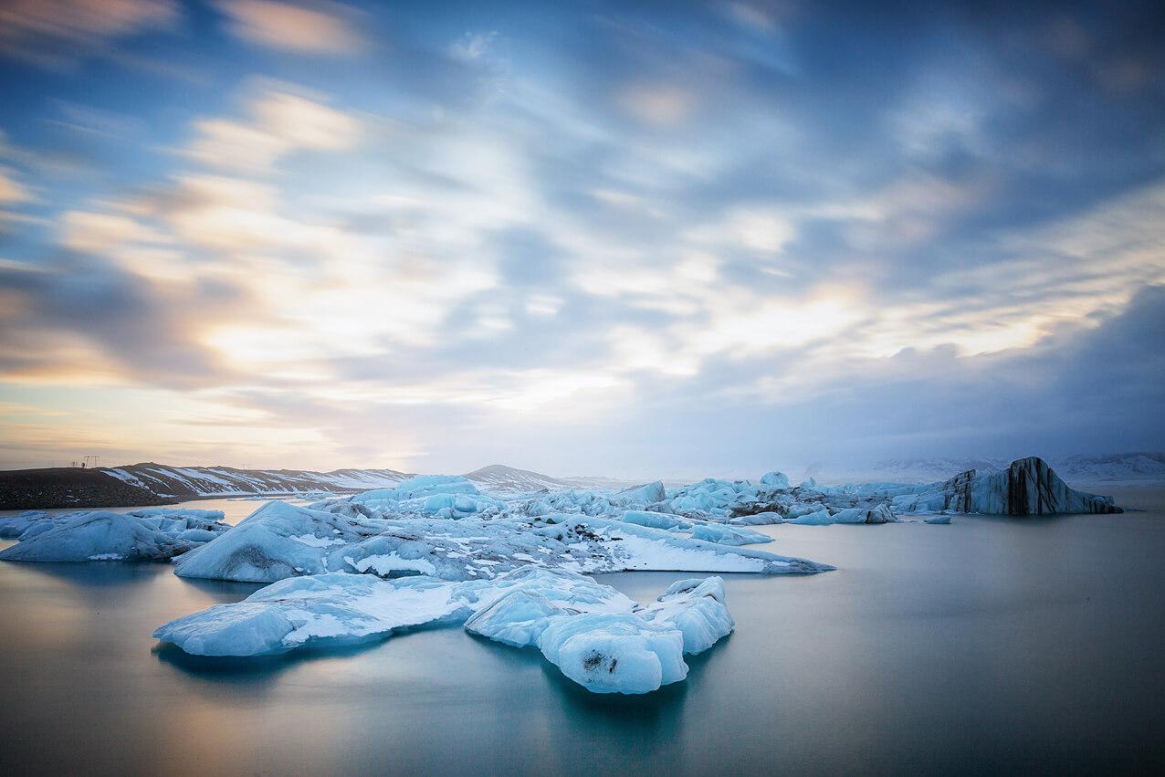 Langzeitbelichtung des Gletschersees Jokulsarlon