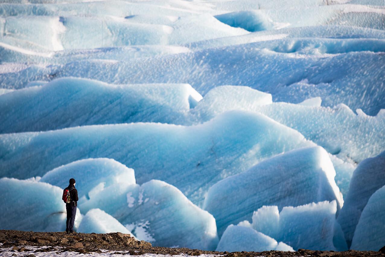 Mit langer Brennweite fotografiert: der Gletscher Vatnajökull