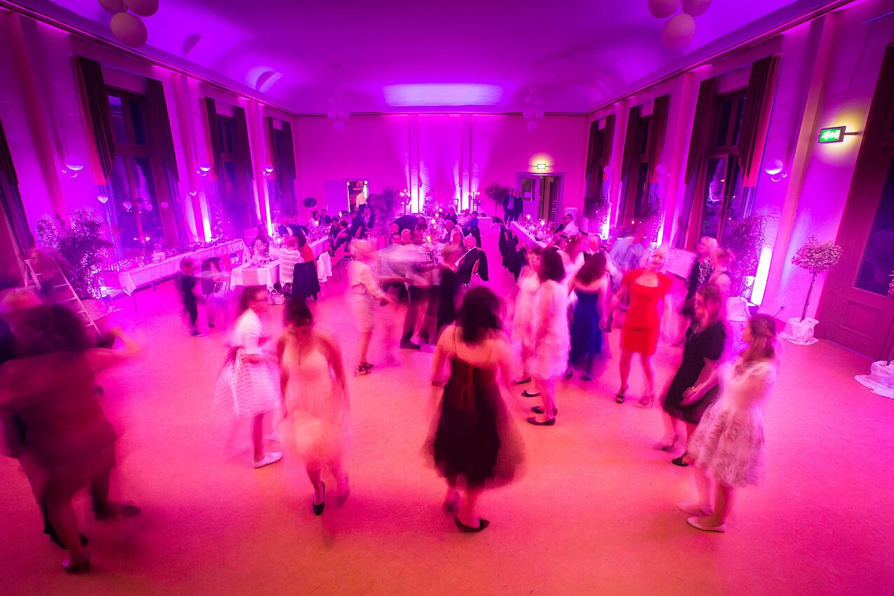 Langzeitbelichtung der Tanzfläche