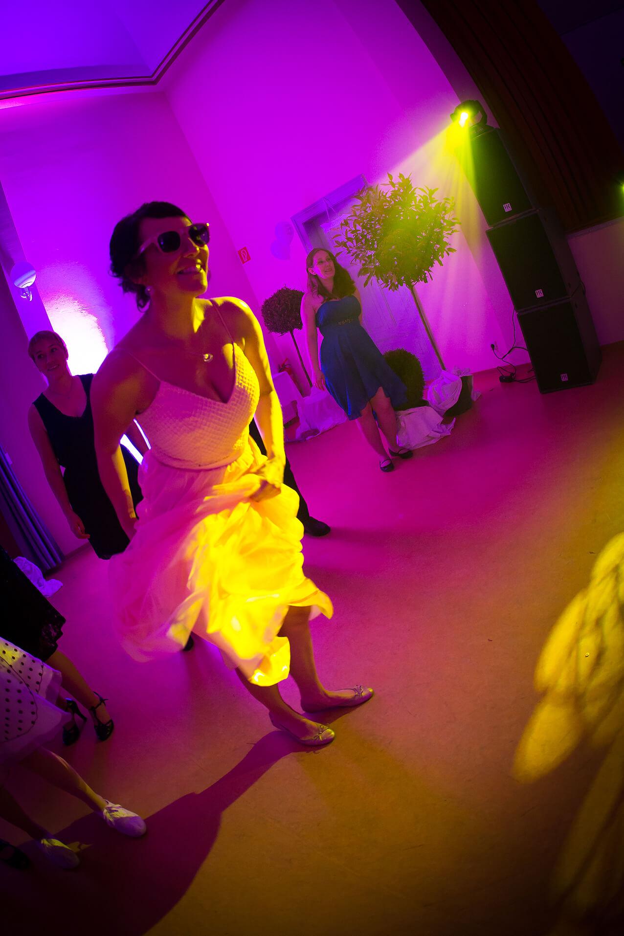 Tänzerin auf der Tanzfläche