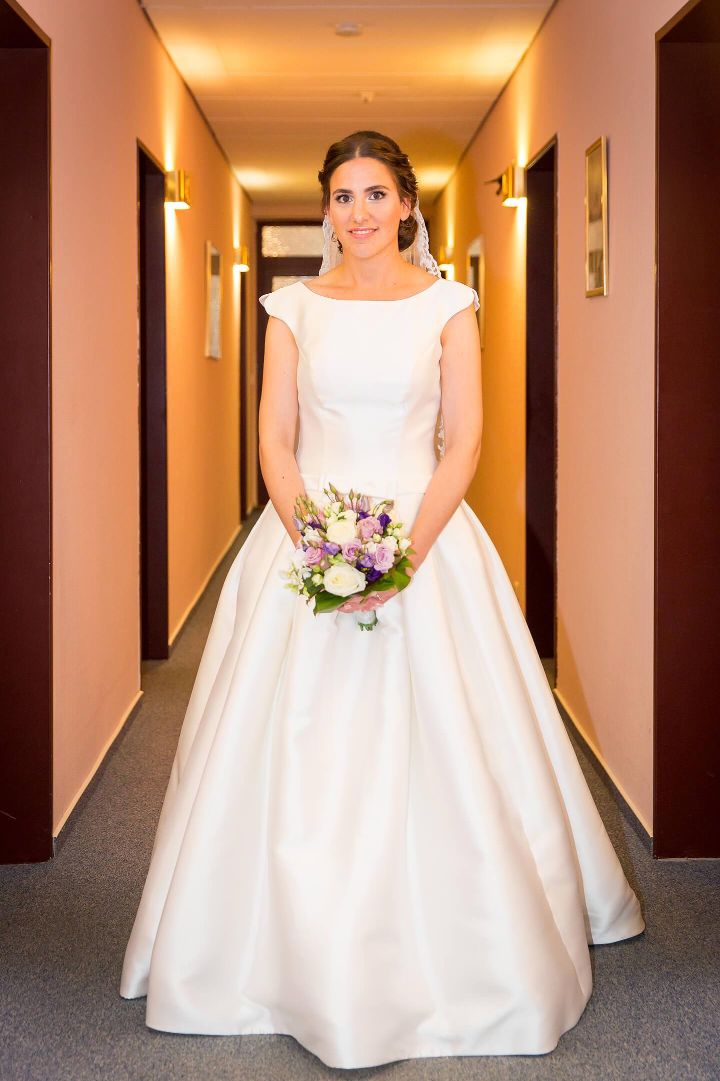 Die fertige Braut im Hotel Holst
