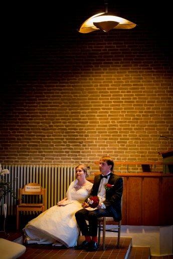 Hochzeitspaar während der Trauungszeremonie