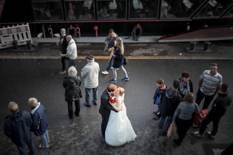 Hochzeitsfoto auf den Landungsbrücken