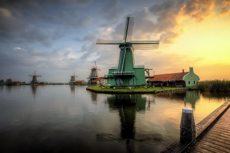 HDR-Aufnahme der Windmühlen von Zaanse Schans – entstanden bei einer freien Arbeit