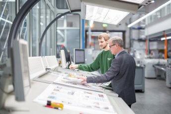 Arbeitsabläufe in der Druckindustrie