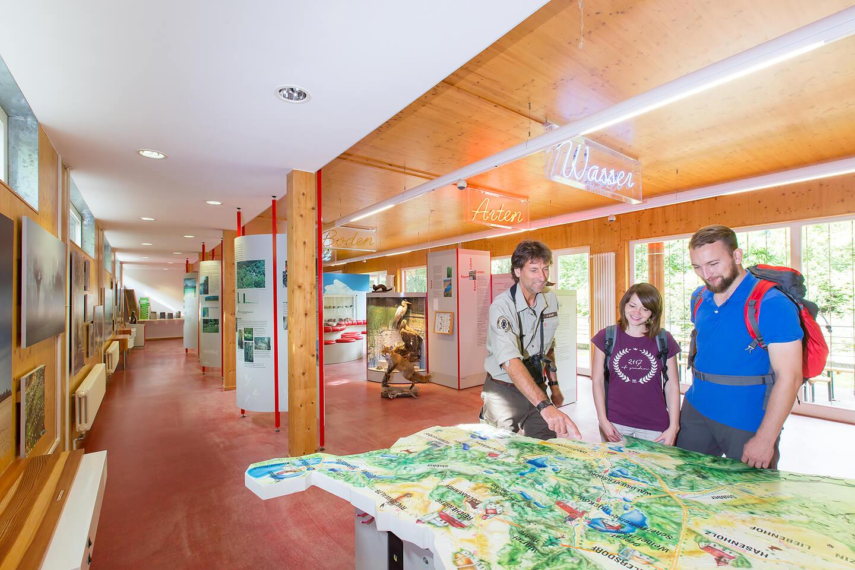 Innenaufnahmen im Besucherzentrum Schweizer Haus