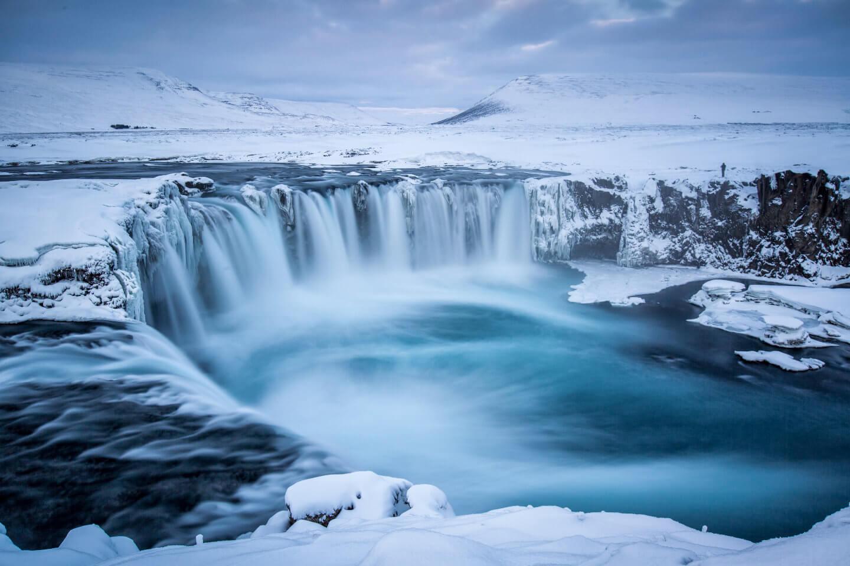 Langzeitbelichtung vom Godafoss - Wasserfall der Götter in Island