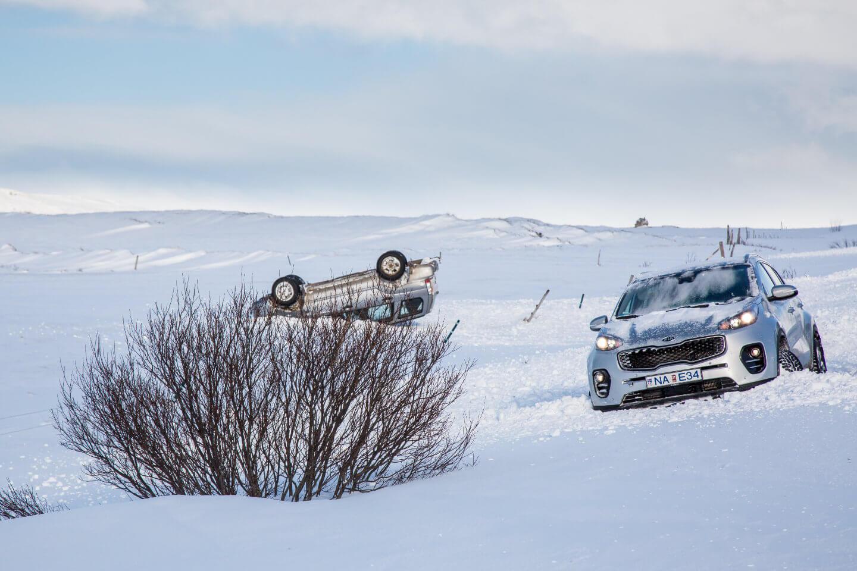Unfall mit dem Mietwagen auf Island im Winter