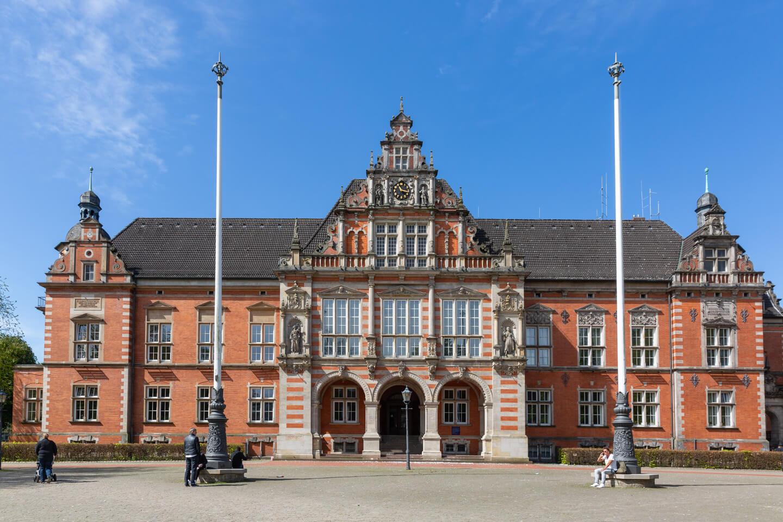 Rathaus Hamburg-Harburg mit dem Standesamt