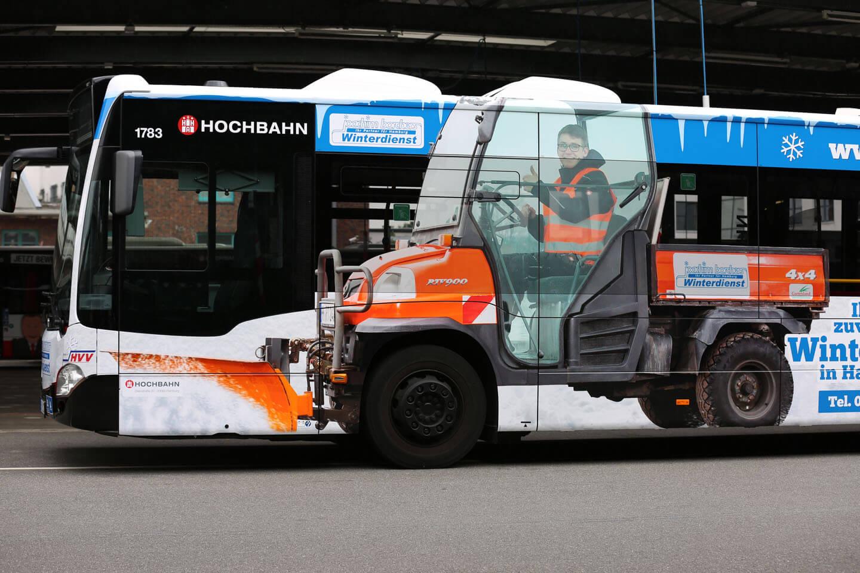 Hamburger Nahverkehrsbus mit Fotografie von Florian Läufer