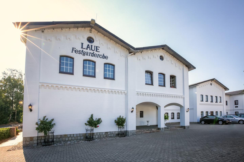 Das Firmengebäude der Laue Festgarderobe
