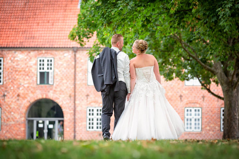 Hochzeitspaar im Kurpark Bad Bramstedt