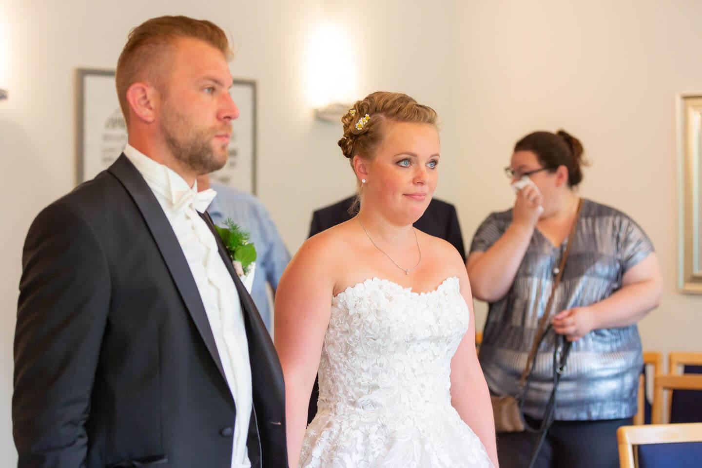 Auf diesen Moment wartet jeder Hochzeitsfotograf: das Jawort