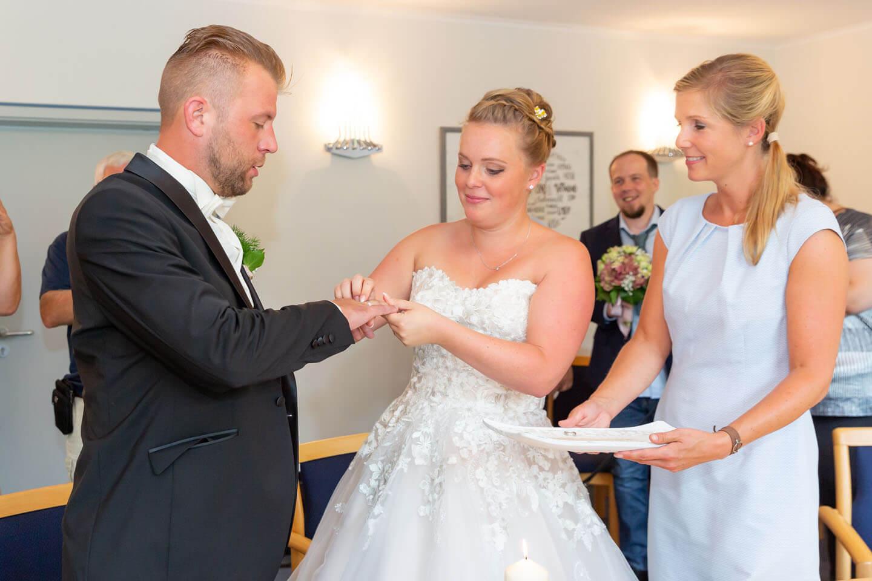 Darfst du als Hochzeitsfotograf nicht verpassen: den Ringtausch