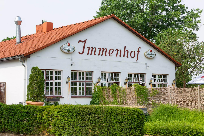 Hochzeitslocation Immenhof in Schackendorf von außen