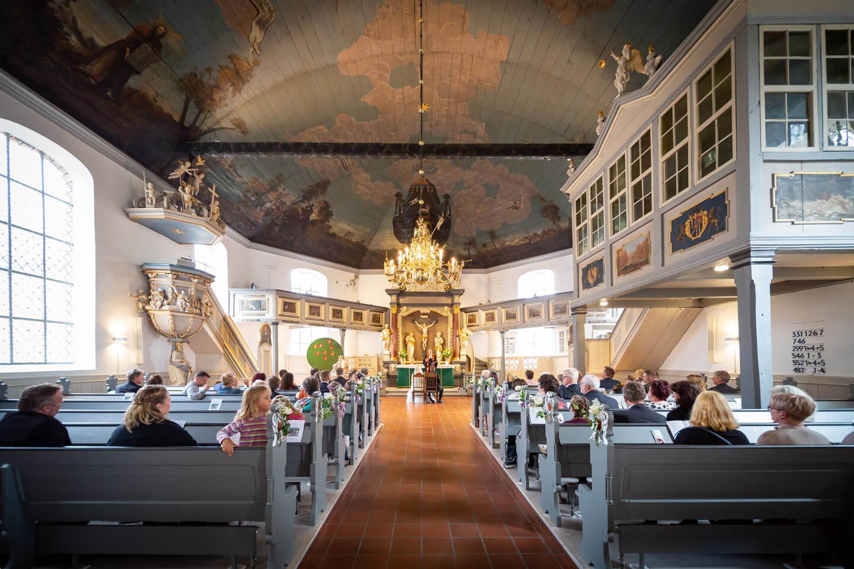 Trauung in der Heiligen-Geist-Kirche in Barmstedt bei Hamburg