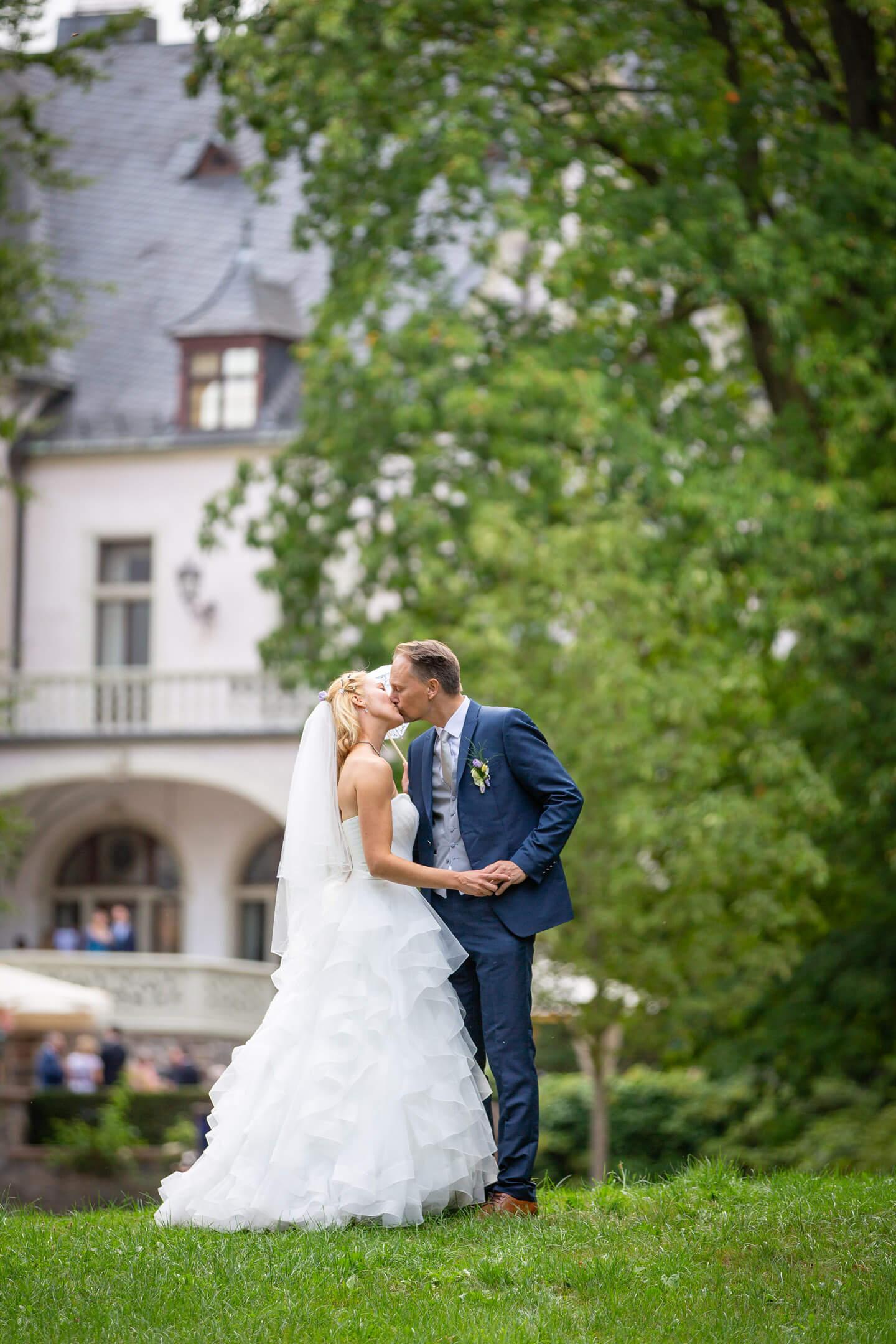 Hochzeitsfoto im Schlosspark Tremsbüttel