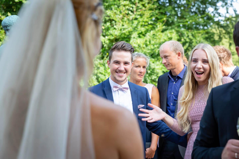 Partygäste Hochzeit