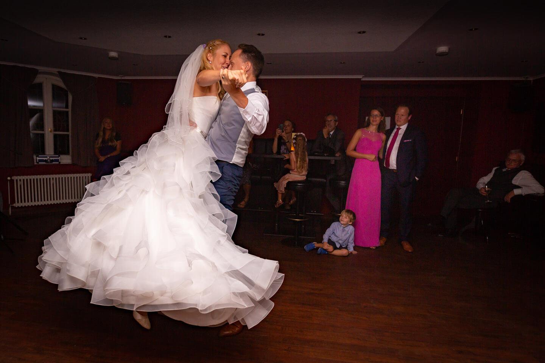 Hochzeitstanz auf der Tanzfläche