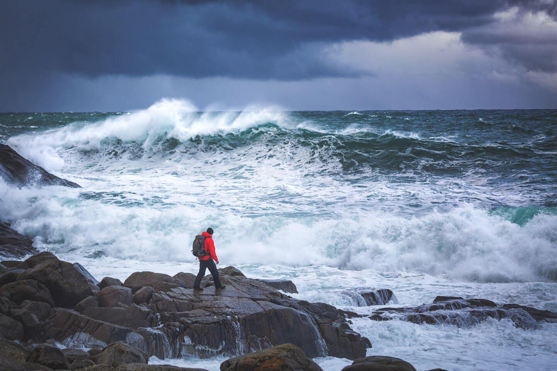 Riesige Wellen bei Unstad in Norwegen