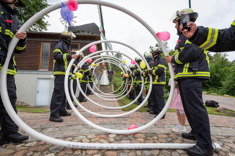 Feuerwehr bei standesamtlicher Trauung