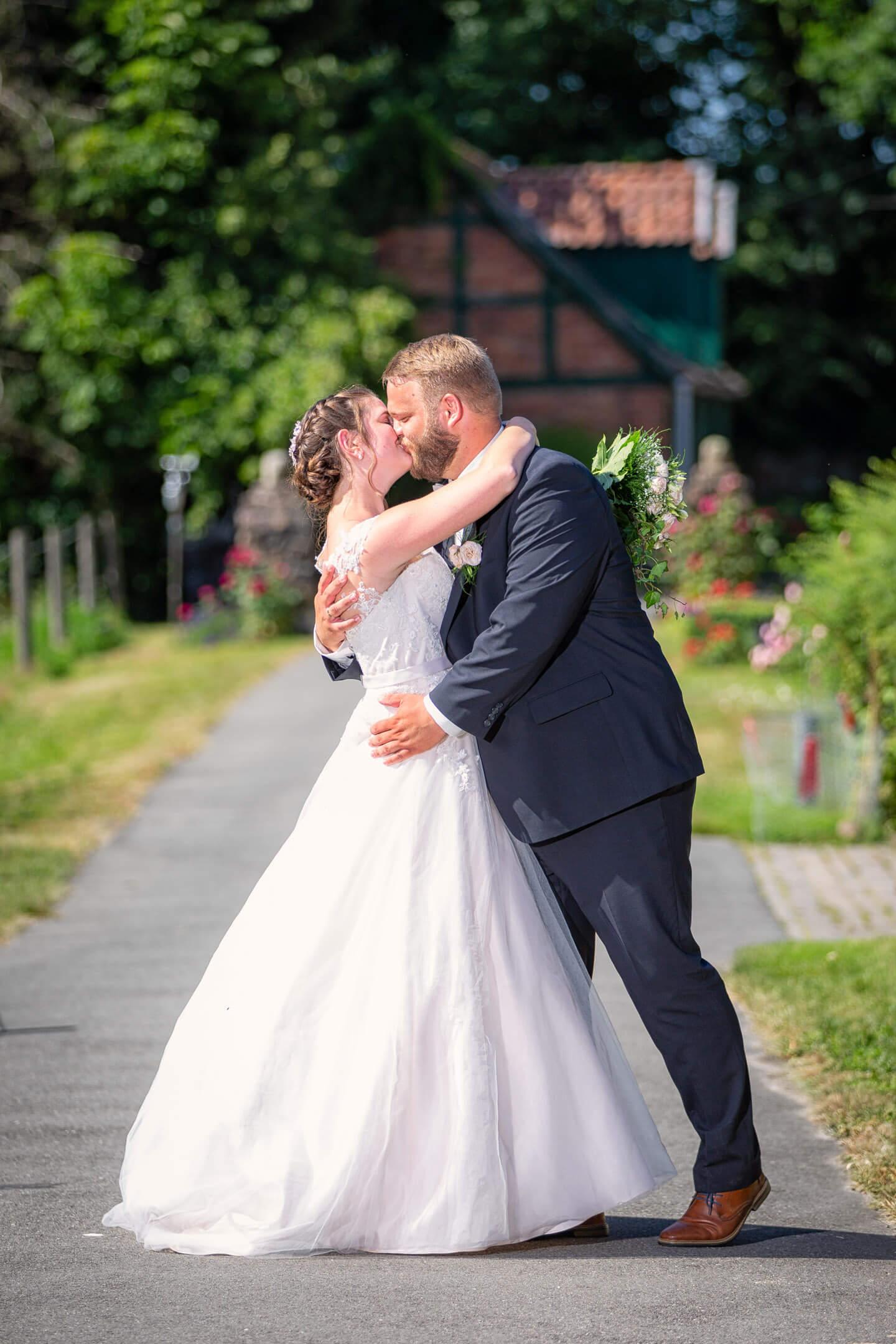 Fotoshooting bei der Hochzeit von Katharina und Hagen (Fotograf: Florian Läufer aus Hamburg)