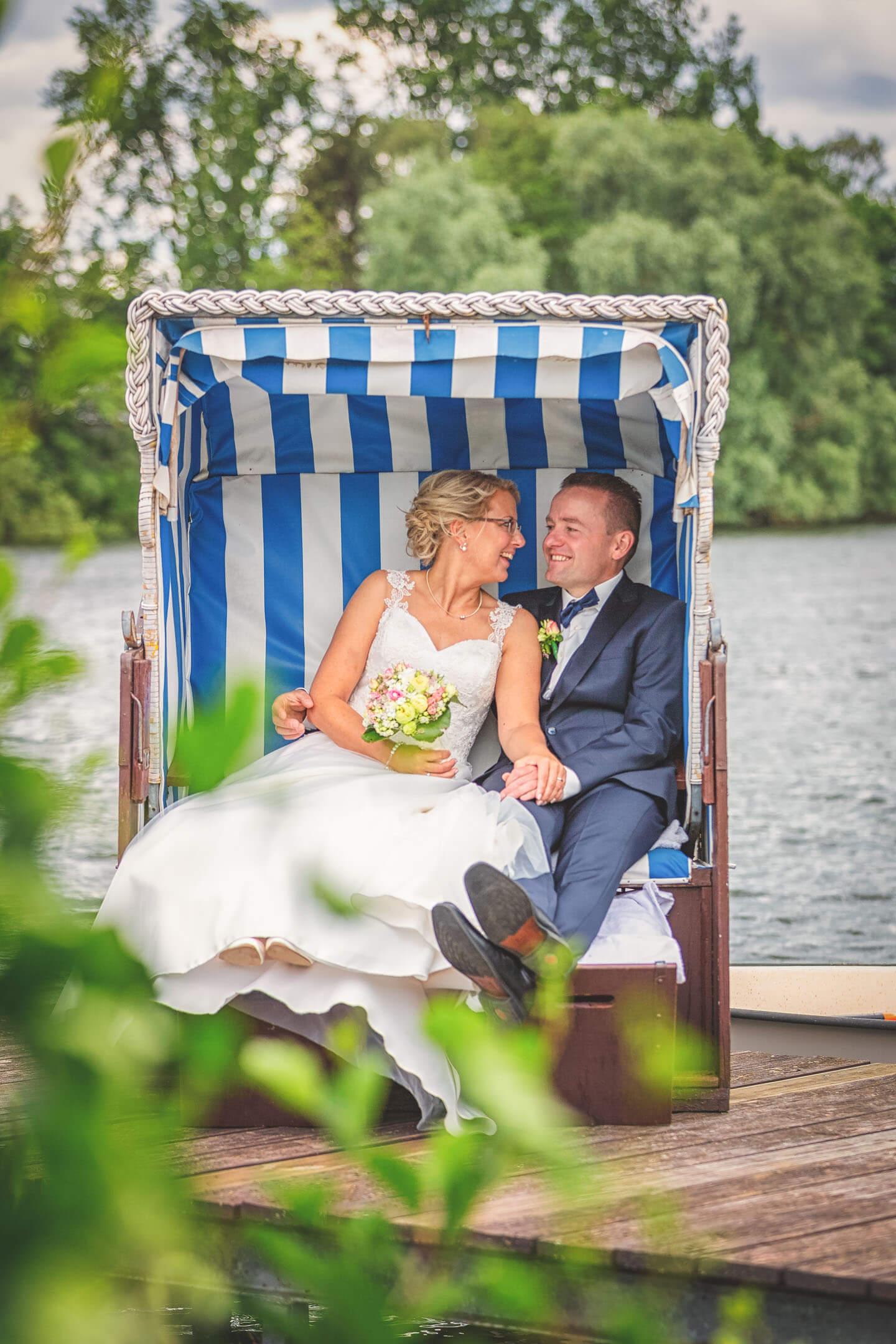 Hochzeitsfotos im Strandkorb