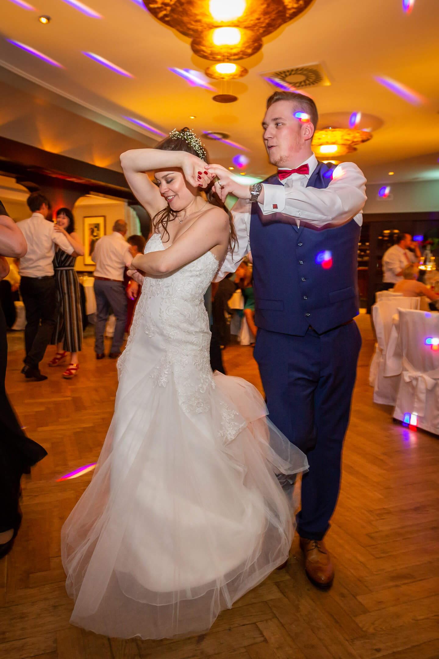 Brautpaar auf der Tanzfläche