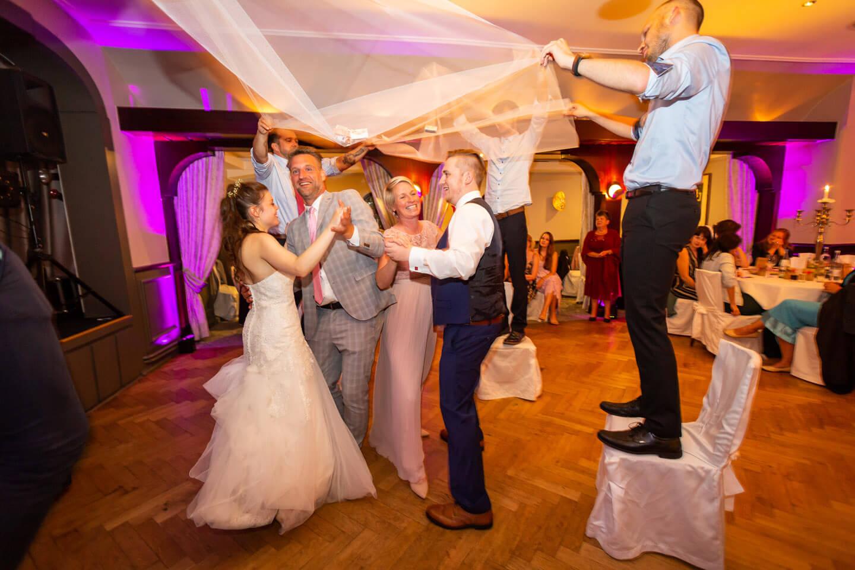 Schleiertanz in der Hochzeitslocation
