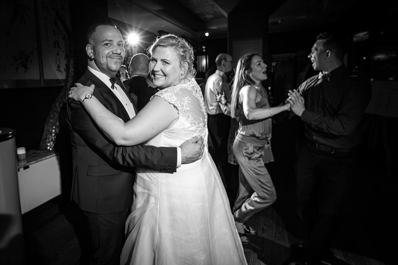 Tanzfläche bei einer Hochzeitsfeier im Au Quai