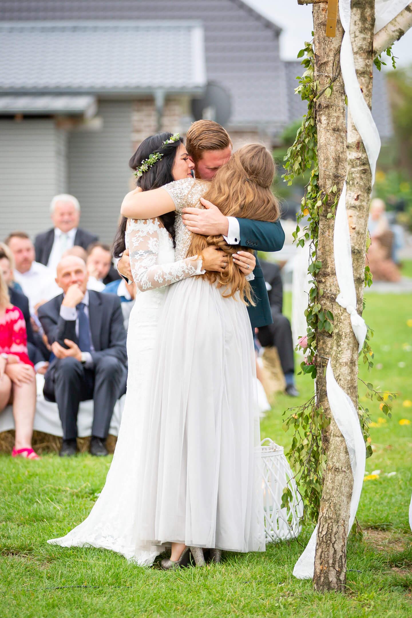 Emotionale Hochzeitsfotos von dem Hamburger Hochzeitsfotografen Florian Läufer