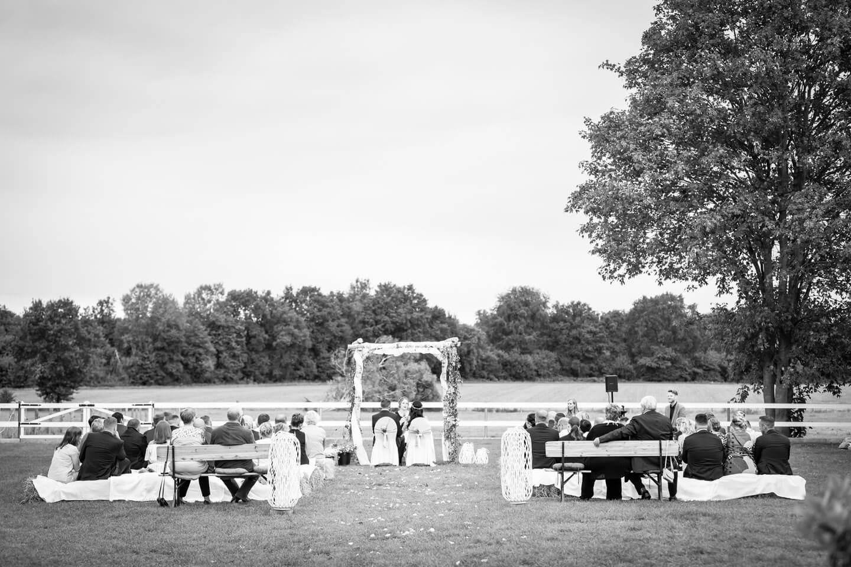 Hochzeitsfotograf Florian Läufer bei Gartenhochzeit in Mecklenburg-Vorpommern