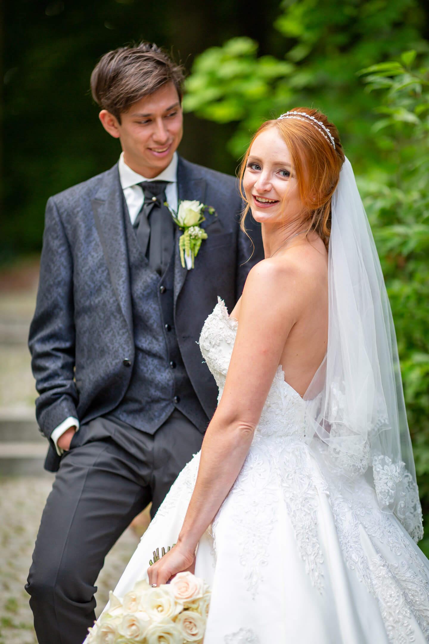 Natürliches Hochzeitsfoto