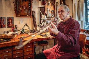 Prüfen des Geigenstocks
