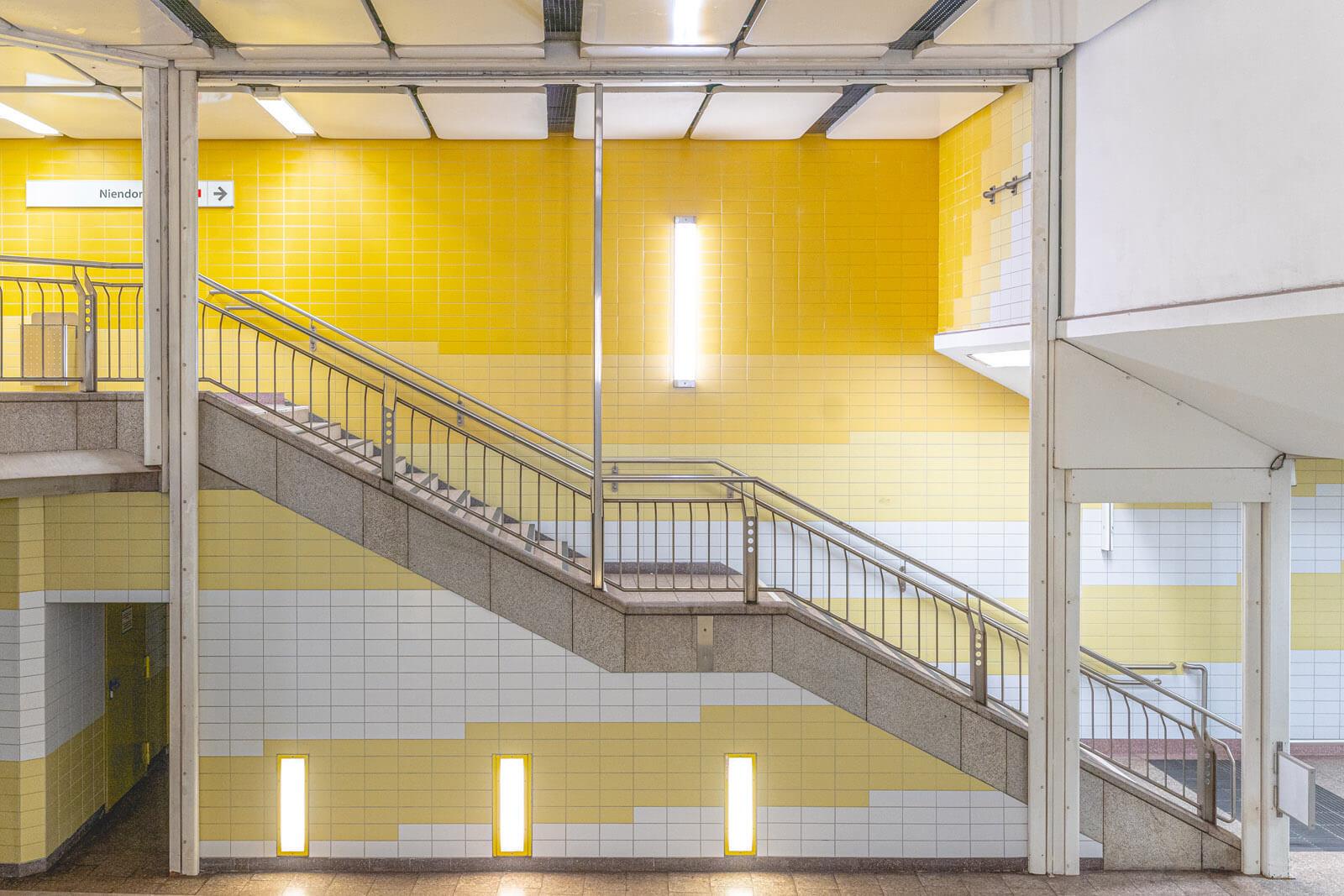 U Bahn - symmetrie fotografieren