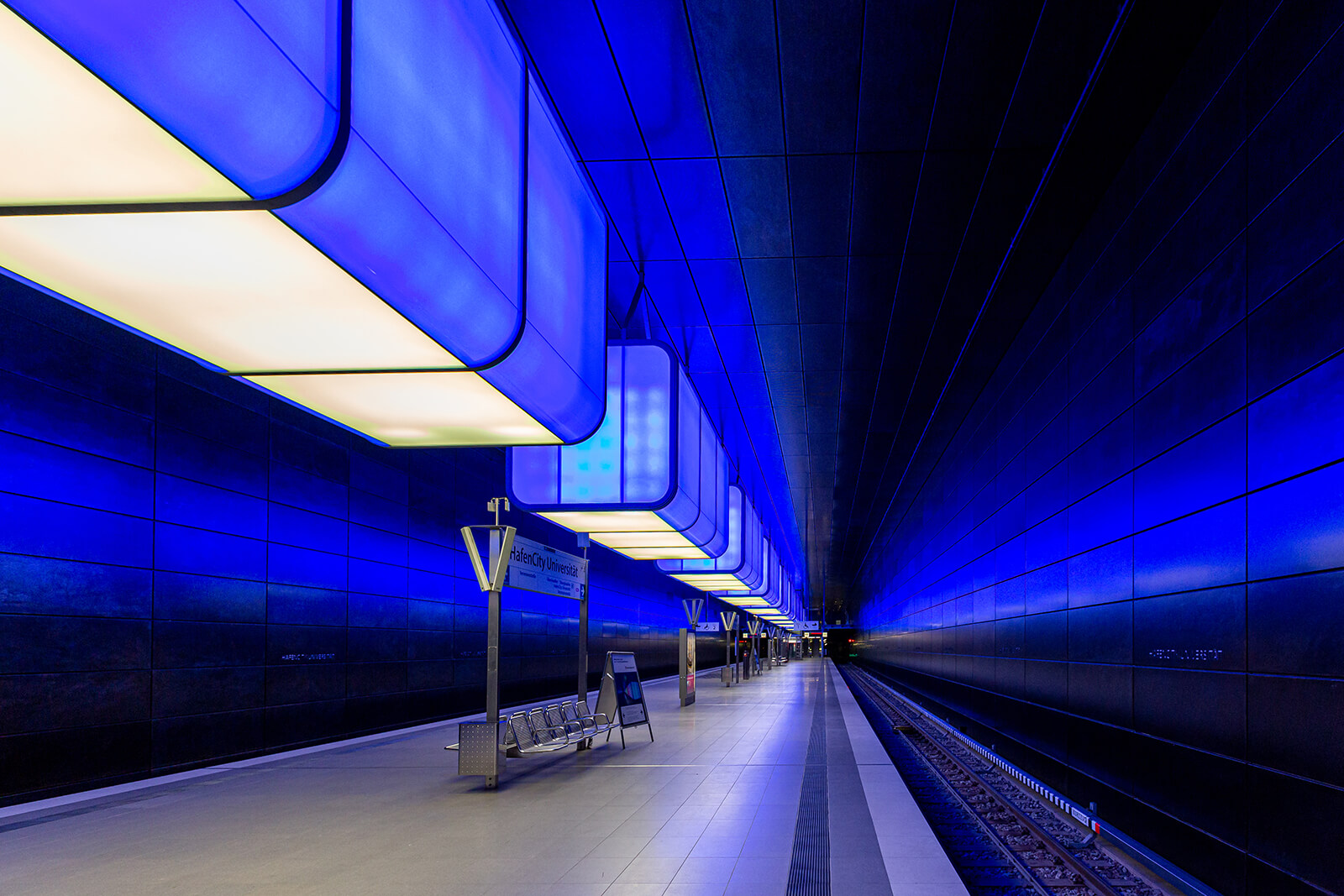 U-Bahnstation Hafencity Universität. Fotografiert für ein freies Projekt des Fotografen Florian Läufer
