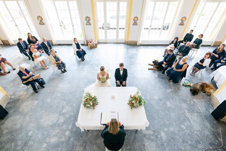 Corona-Hochzeit mit Abstandsregeln
