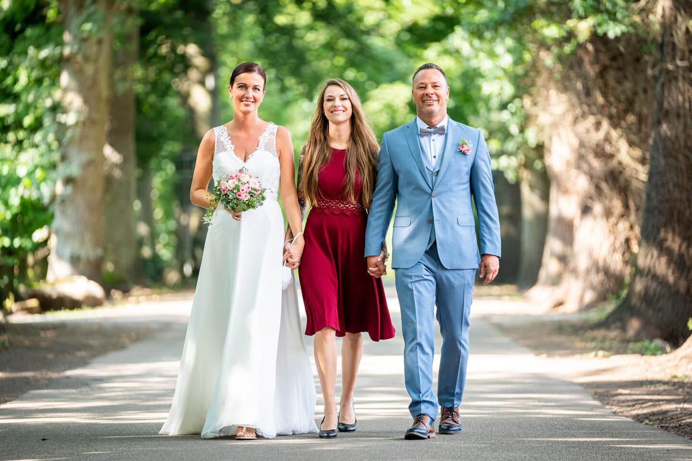 Brautpaar mit Tochter
