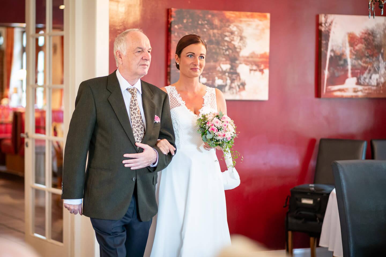 Einzug der Braut mit Papa