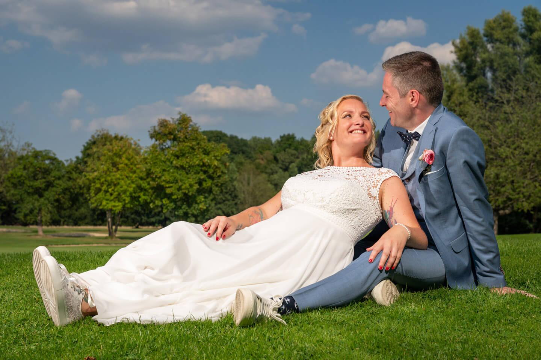 Brautpaarshooting auf dem Golfplatz Peiner Hof