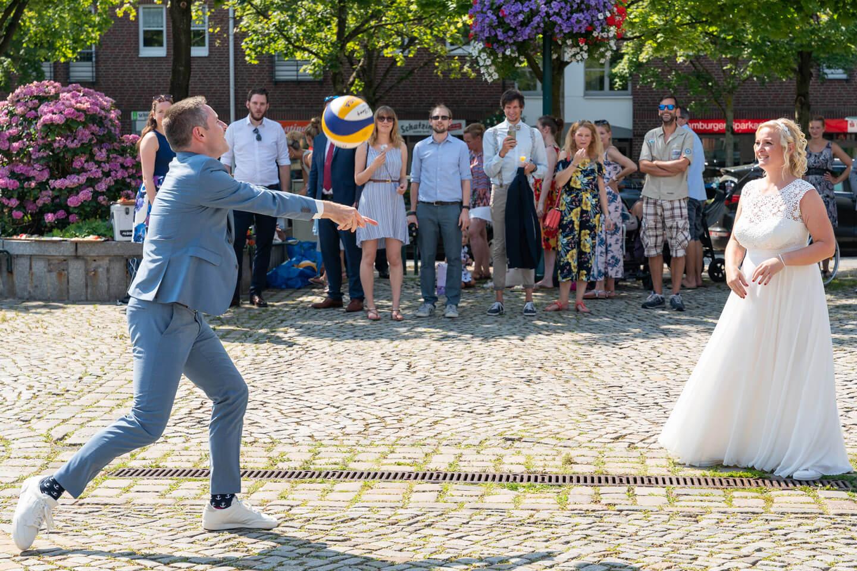 Volleyball Hochzeitspaar