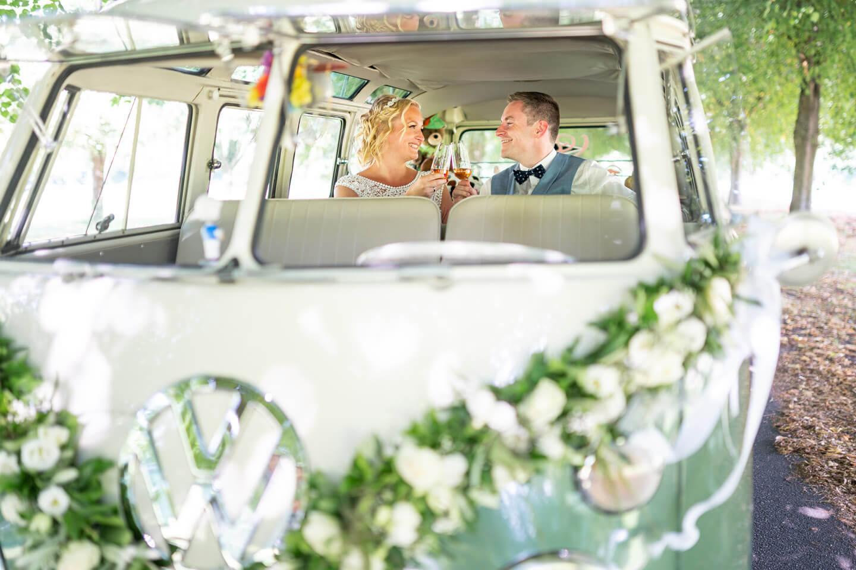 Hochzeitsfeier im Goldschätzchen. Brautpaarshooting mit dem Hamburger Fotograf Florian Läufer