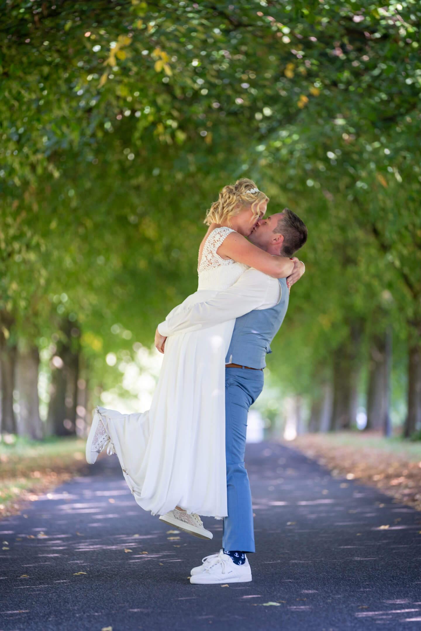 Hochzeitsfotos in der Allee am Peiner Hof