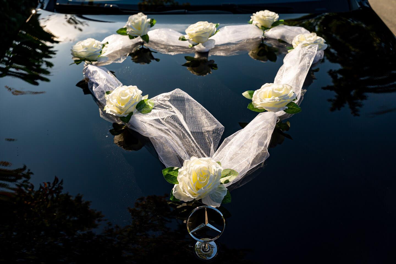 Autoschmuck Brautwagen