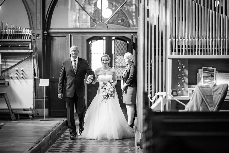 Einzug der Braut mit Brautvater in Malchow