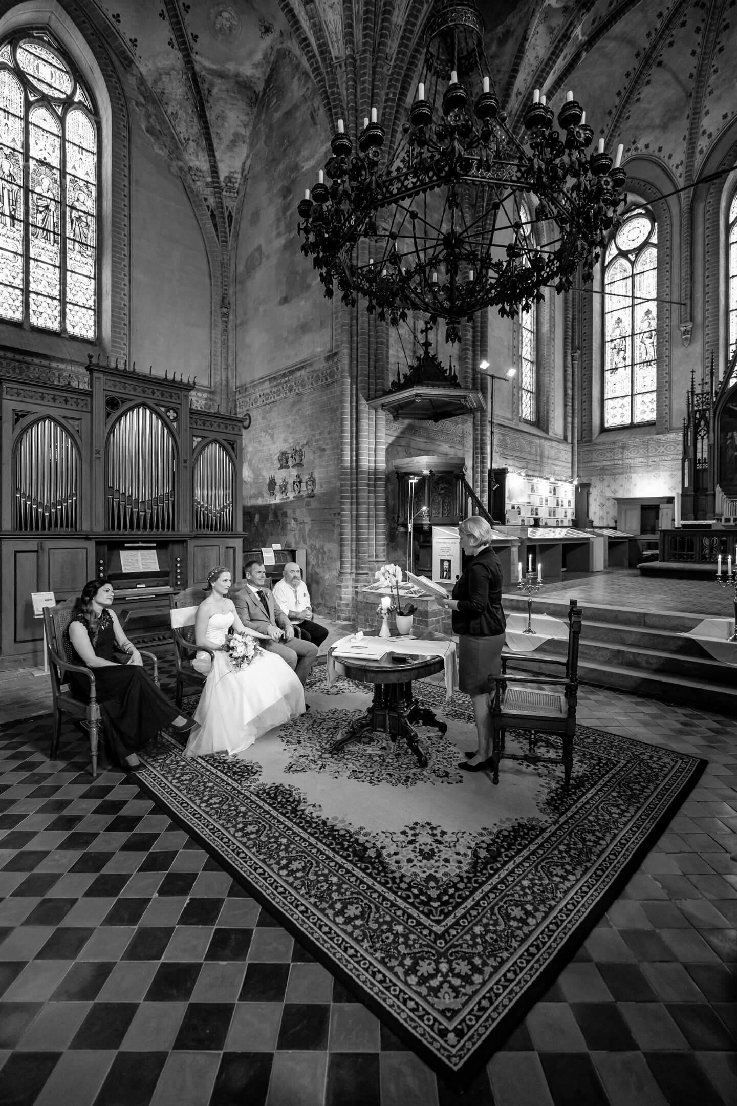 Heiraten im Kloster Malchow. Fotograf: Florian Läufer